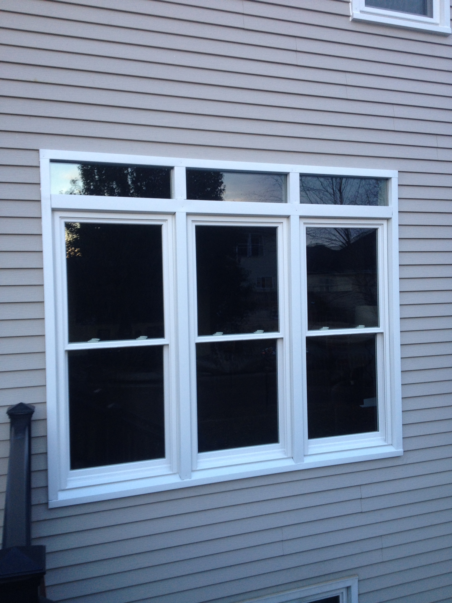 Advance home remodelers services montgomery illinois for Window samples for houses